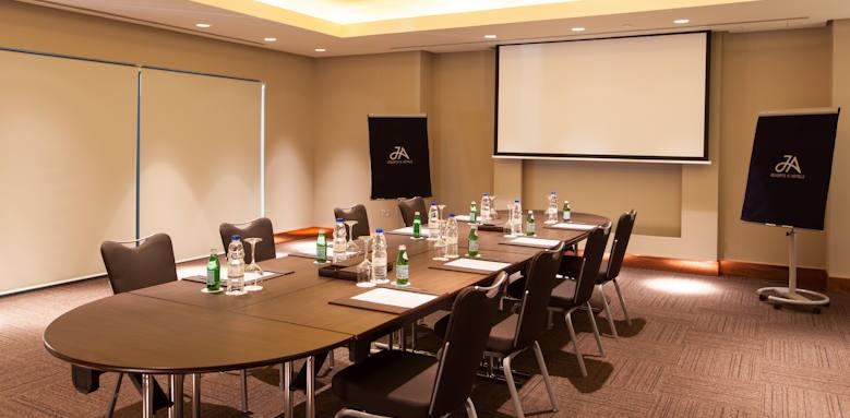 JA Ocean View, meeting room