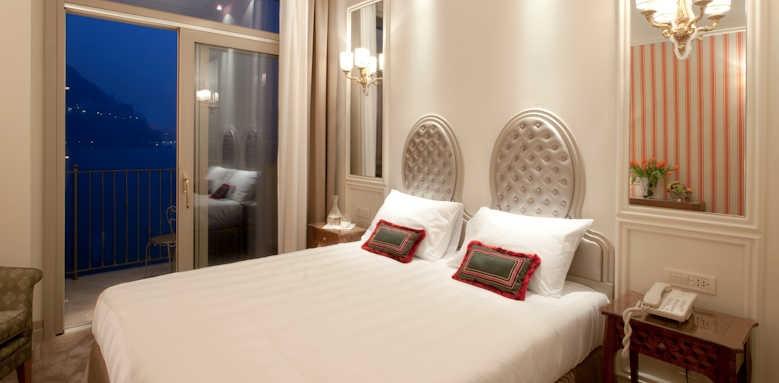 Villa Flori, room