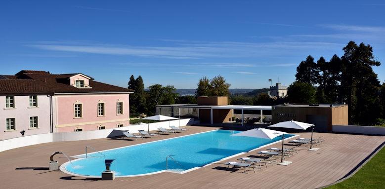 Castello dal Palazzo, pool