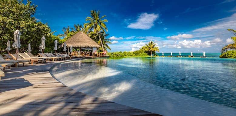 LUX South Ari Atoll, pool