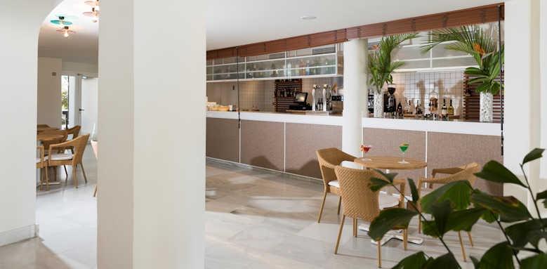 Alua Suites, Agua Bar