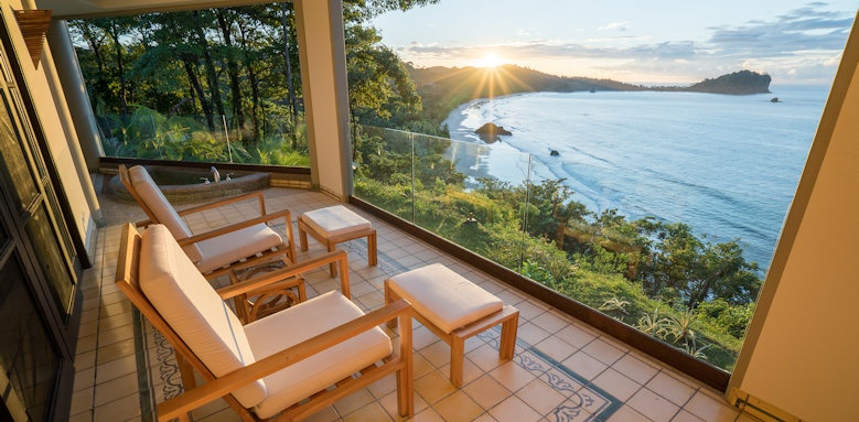 Arenas del Mar Beachfront & Rainforest Resort, sea view