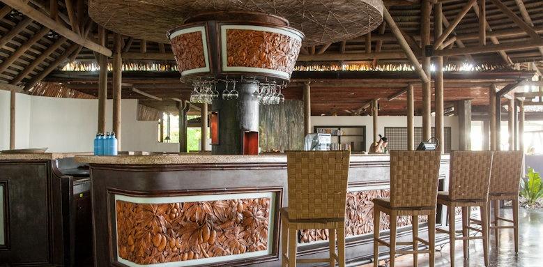 Arenas del Mar Beachfront & Rainforest Resort, restaurant interior