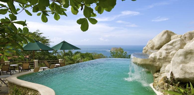 Hotel Parador Resort & Spa, private pool