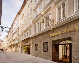 Goldener Hirsh, exterior of hotel