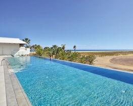 Sol Beach House, pool area