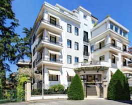 Hotel Lord Byron, thumbnail image