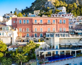 Hotel Metropole Taormina, exterior of hotel