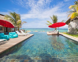 C Mauritius, palmar swimming