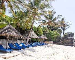 Leopard Beach Resort, thumbnail