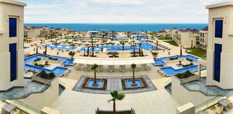 White Beach Resort, thumbnail