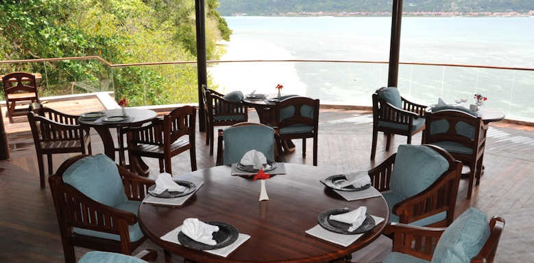 Cerf Island Resort, restaurant