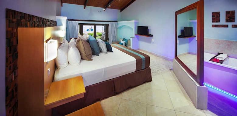 Coco de Mer Hotel & Black Parrot Suites, Standard Room