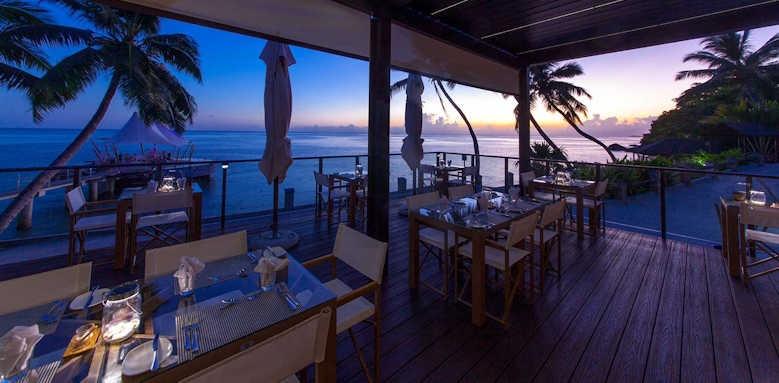 Coco de Mer Hotel & Black Parrot Suites, sunset dining