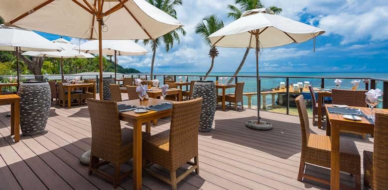 Coco de Mer Hotel & Black Parrot Suites, restaurant