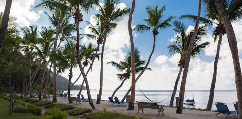 Coco de Mer Hotel & Black Parrot Suites, promenade