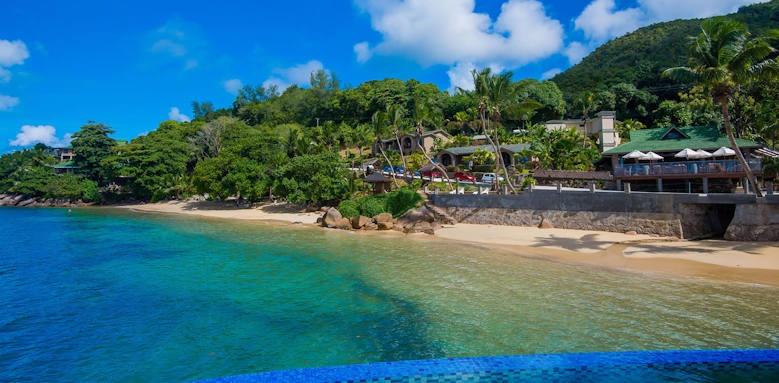 Coco de Mer Hotel & Black Parrot Suites, thumbnail