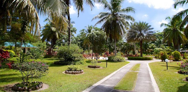 Les Villas D'Or, gardens