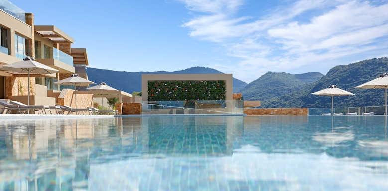 Marbella Elix, pool area