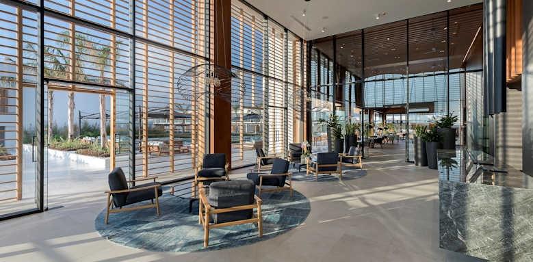 D'Andrea Lagoon All-Suites, lobby