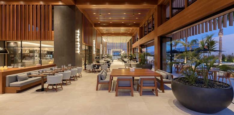 D'Andrea Lagoon All-Suites, restaurant