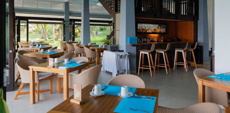 Hotel L'Archipel, Beachfront restaurant