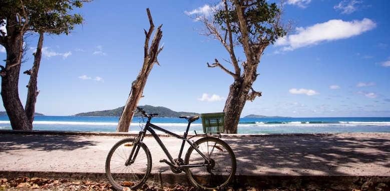 Le Domaine de L'Orangeraie Resort & Spa, cycling