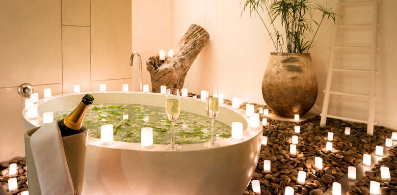 The Sarojin, Garden Residence Bathroom