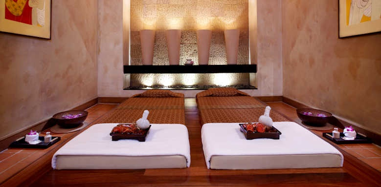 Anantara Riverside Bangkok Resort, massage room