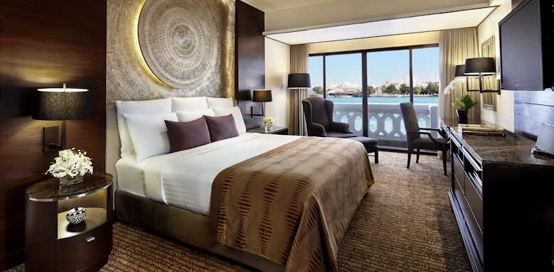 Anantara Riverside Bangkok Resort, Guestroom with river view