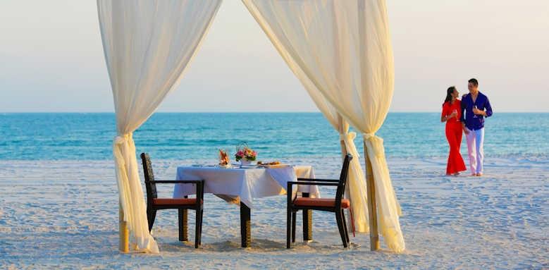 Pelangi Beach Resort & Spa, beach dining