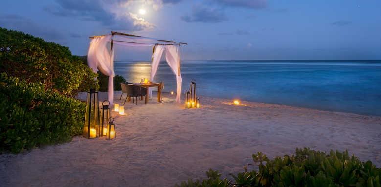 Anantara Iko Mauritius, beach dining
