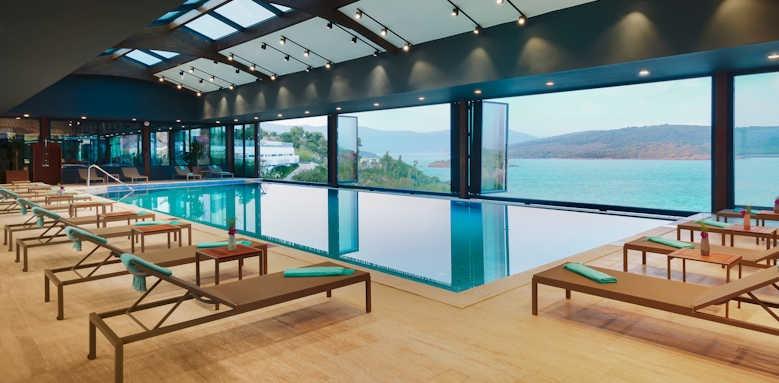 Le Meridien Bodrum Beach Resort, indoor pool