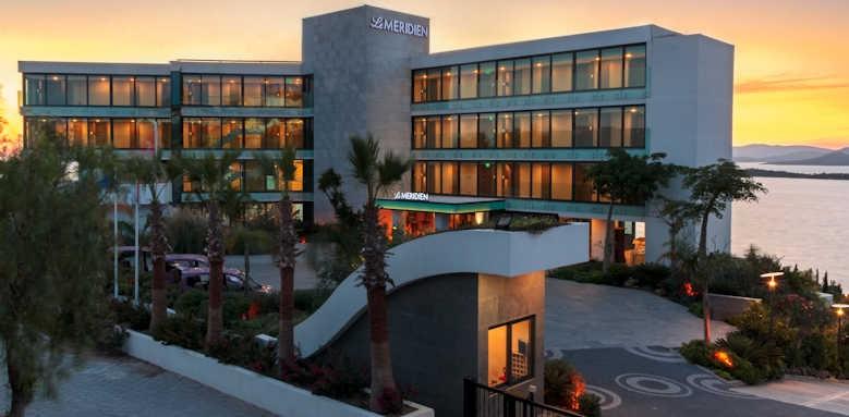 Le Meridien Bodrum Beach Resort, night view