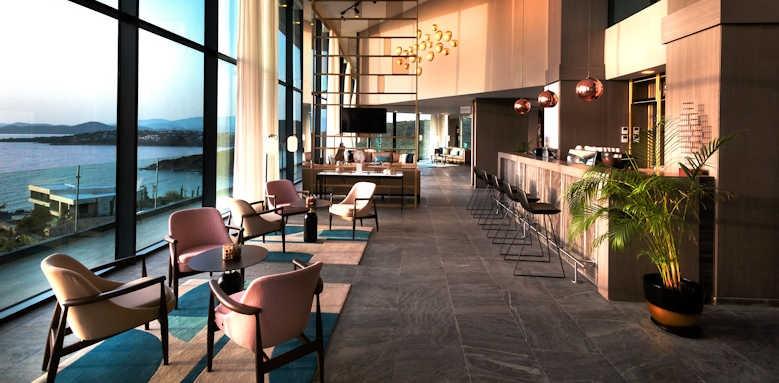Le Meridien Bodrum Beach Resort, indoor bar