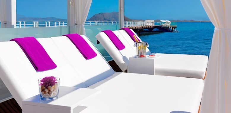 Secrets Bahia Real Resort & SPA, Sugar Reef Bali Bed