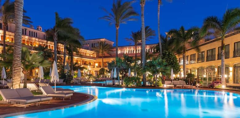 Secrets Bahia Real Resort & SPA, night time view