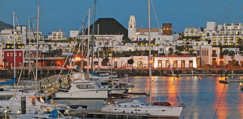 Hotel Volcan Lanzarote, Marina night