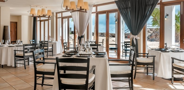 Hesperia Lanzarote, Restaurant seating