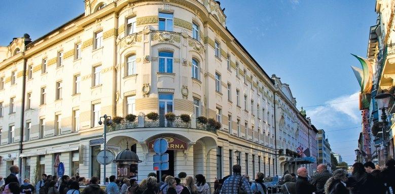 Grand Hotel Union Executive, exterior