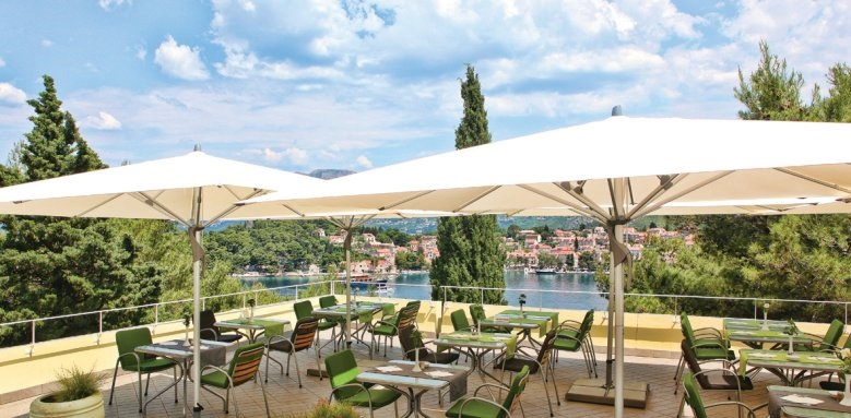 Hotel Croatia, Alvetde terrace