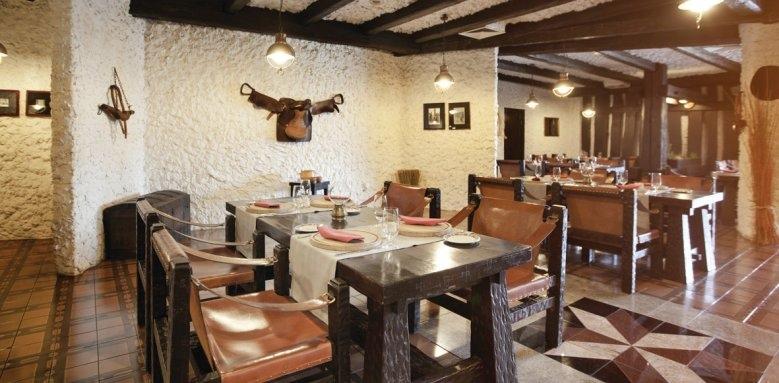 Hotel Croatia, steak house