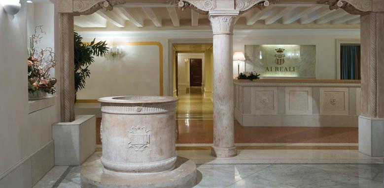 Hotel Ai Reali, lobby
