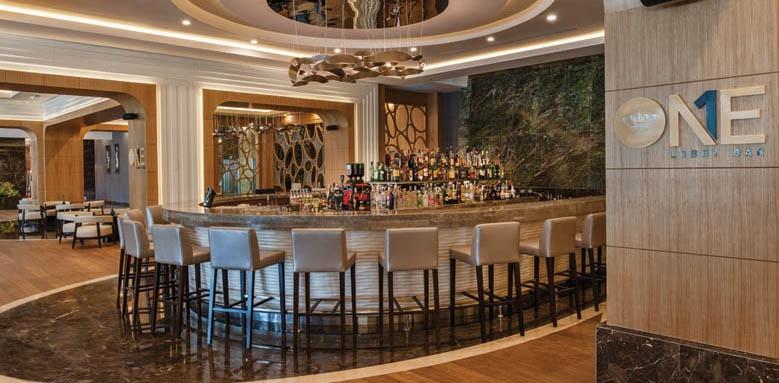 Regnum Carya Golf & Spa Resort, lobby bar one