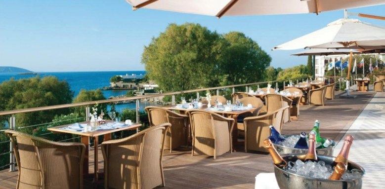 Grand Resort Lagonissi, Aphrodite restaurant