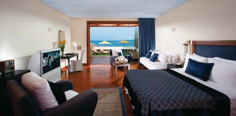 Grand Resort Lagonissi, deluxe waterfront bungalow
