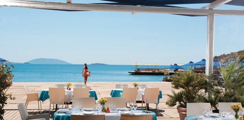 Grand Resort Lagonissi, Poseidon tavern