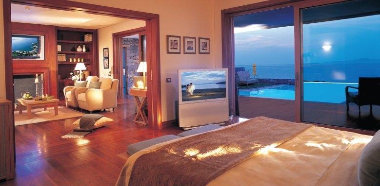 Grand Resort Lagonissi, governor two bed villa private pool