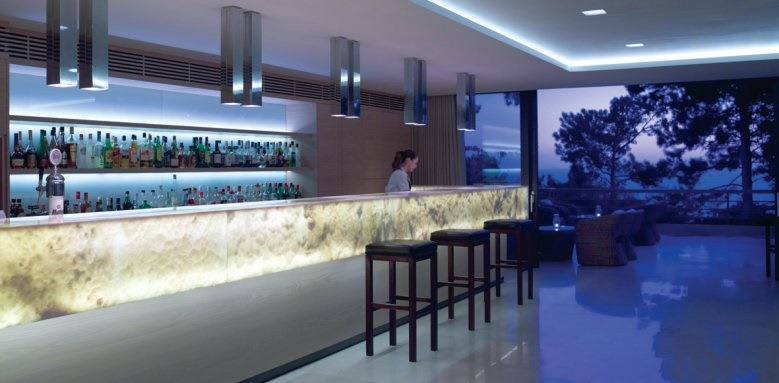 White Rocks Hotel, bar