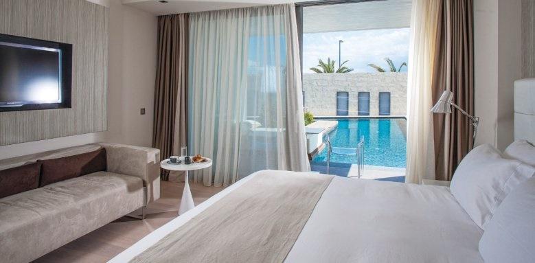 Aqua Blu Boutique Hotel & Spa, pool signature suite